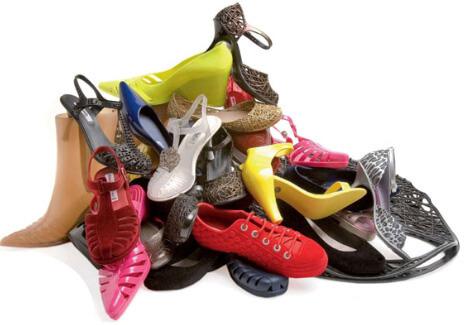 Shoes pile