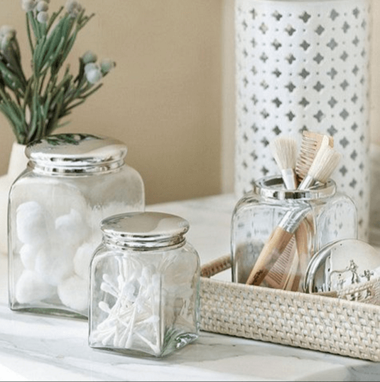 Exceptional Bathroom Decor With Glass Jar Accessories