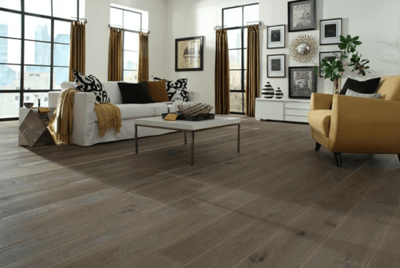Reclaimed Wood Flooring In A Modern Living Room