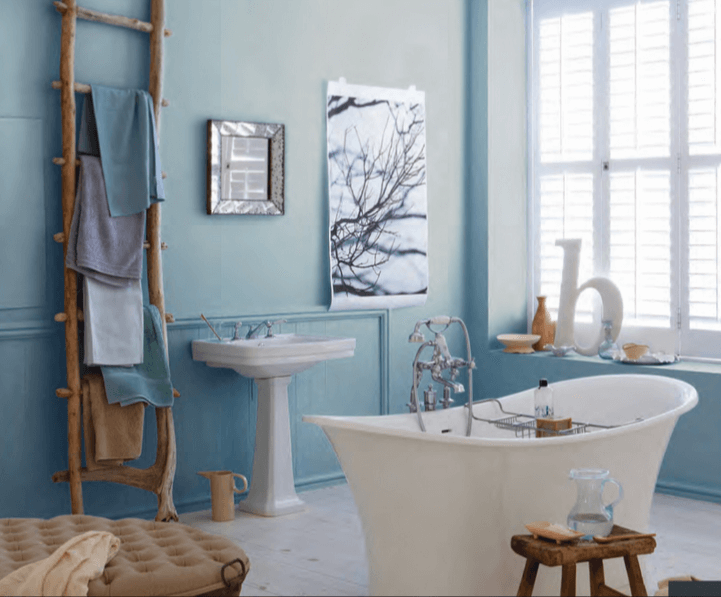 9 easy bathroom decor ideas under 150 for Decorated bathrooms photos