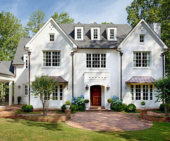 Architectural shingles on a modern farmhouse style home
