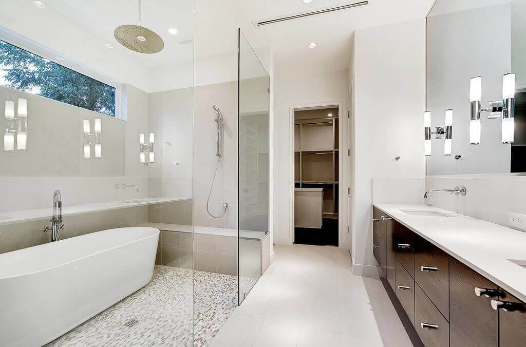 7 bathroom remodel mistakes to avoid in 2018 for Average bathroom remodel