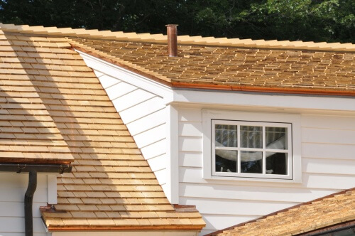 Cedar shingles roof pros and cons for Cedar shake siding pros and cons