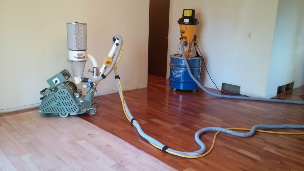 hardwood floor refinishing: dustless vs sandless