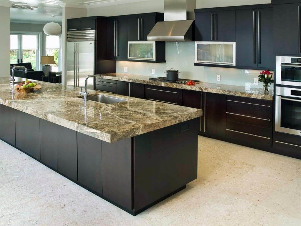 High End Granite Countertops In A Modern Kitchen