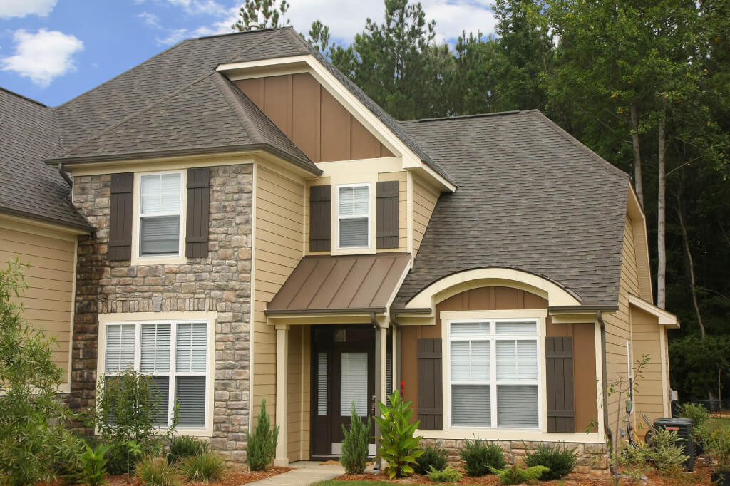 7 tips to save on the cost of hardie board installation for Hardiplank home designs