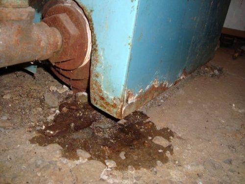 Leaking oil boiler