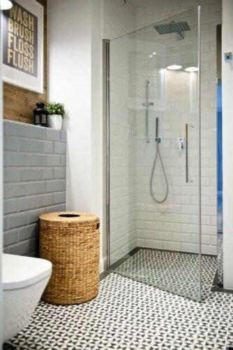 flooring ideas for a small bath